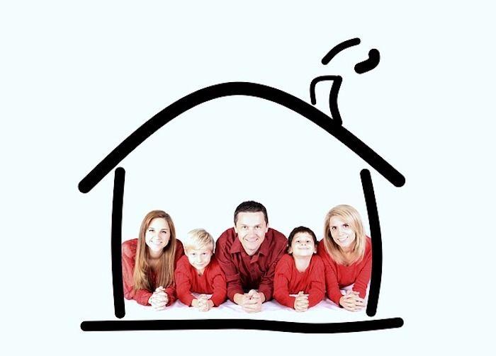 Familie im Haus